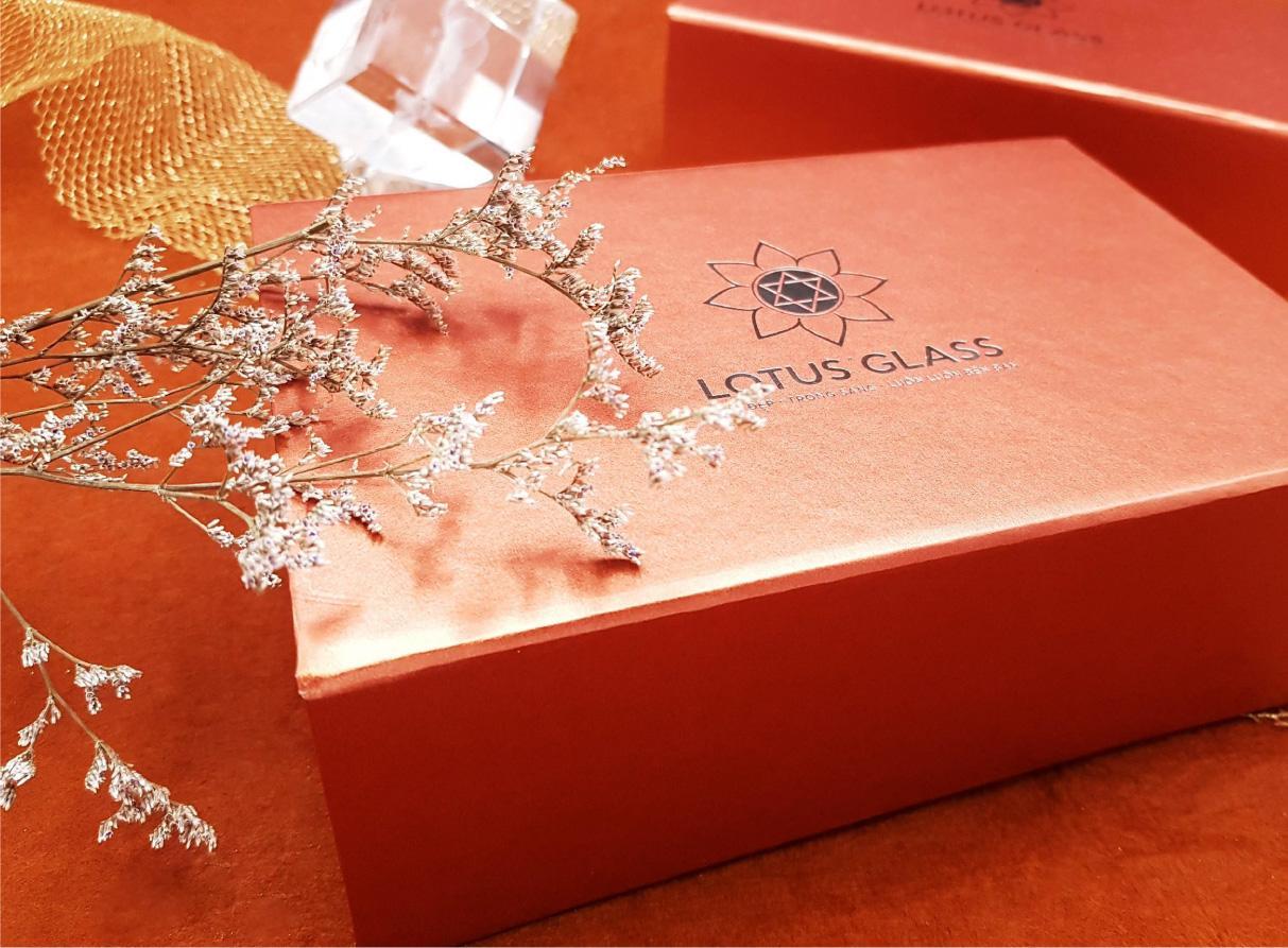 Trọn bộ bao bì cao cấp Lotus Glass
